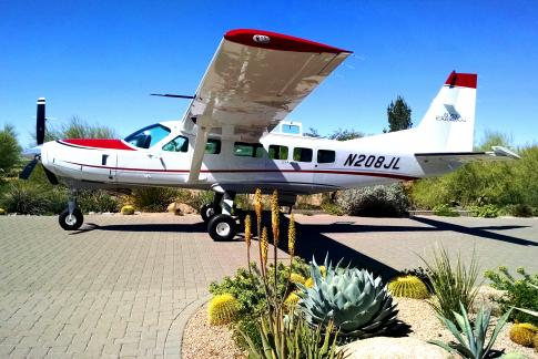 Aircraft for Sale in Carefree, Arizona, United States: 2014 Cessna 208 Caravan