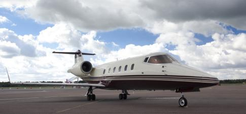 Aircraft for Sale in Estonia: 2000 Learjet 60