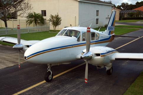 Aircraft for Sale in Port Orange, Florida, United States (7FL6): 1968 Piper PA-23 Aztec D