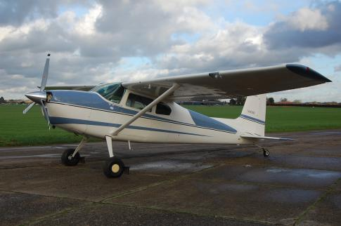 Aircraft for Sale in Berkshre, United Kingdom (EGLM): 1962 Cessna 180E Skywagon