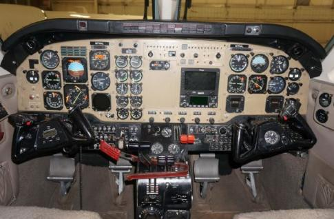 Aircraft for Sale in USA: 1981 Beech B100 - 3