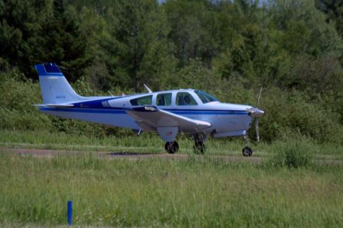 Aircraft for Sale in Marshall, MN, Minnesota, United States (MML): 1981 Beech F33A Bonanza
