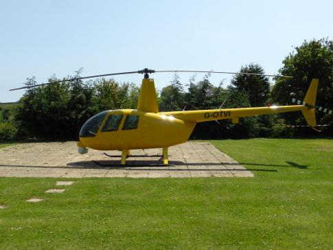 Aircraft for Sale in UK, Berkshire, United Kingdom (EGLM): 2005 Robinson R-44 NewsCopter