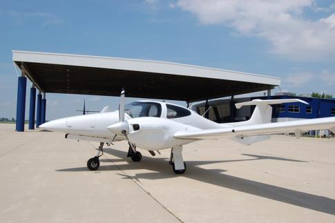 Aircraft for Sale in United States: 2009 Diamond Aircraft DA42 L360 TwinStar