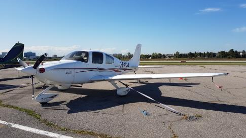 Aircraft for Sale in Toronto, Ontario, Canada (YTZ): 2004 Cirrus SR-20