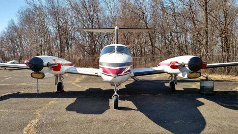 Aircraft for Sale in Philidelphia, Pennsylvania, United States (KPNE): 1982 Piper PA-42