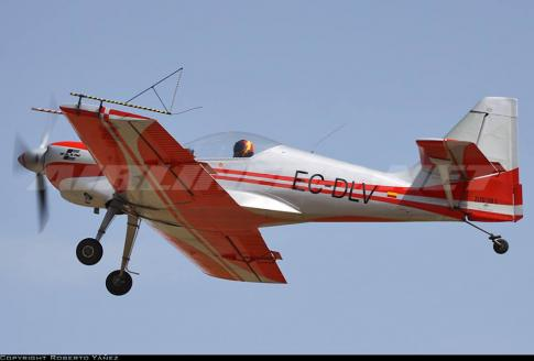 Aircraft for Sale in Madrid: 1981 Zlin Aerospace Z-50 - 2