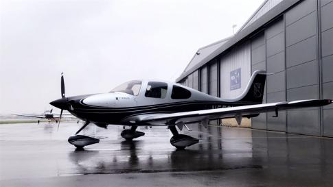 Aircraft for Sale in Florida: 2001 Cirrus SR-22 - 2