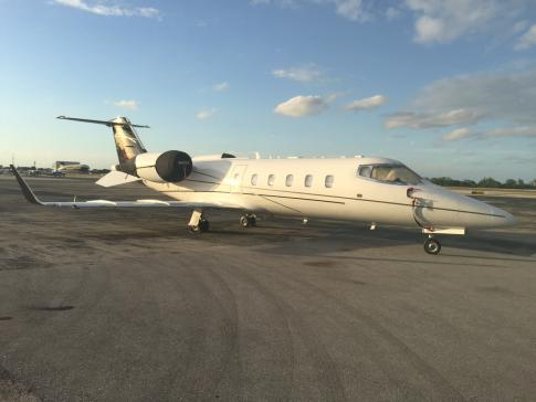 Aircraft for Sale in United States (KPMP): 2000 Learjet 60