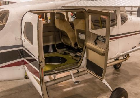 Aircraft for Sale in Wisconsin, United States: 2000 Cessna 206H