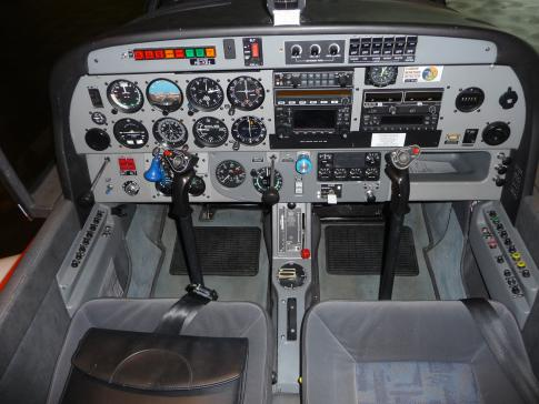 Aircraft for Sale in Switzerland: 1999 Robin DR 500 - 3