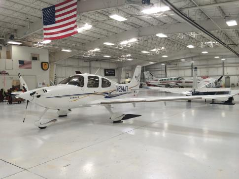 Aircraft for Sale in lachute, Quebec, Canada (cse4): 2004 Cirrus SR-22G2