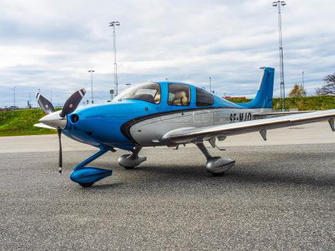 Aircraft for Sale in Sweden: 2014 Cirrus SR-22T - 1