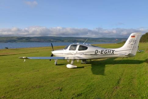 Aircraft for Sale in Hamburg: 2007 Cirrus SR-22G3 GTS Turbo - 1