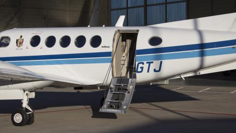 Aircraft for Sale in Germany: 1992 Beech 300LW - 2