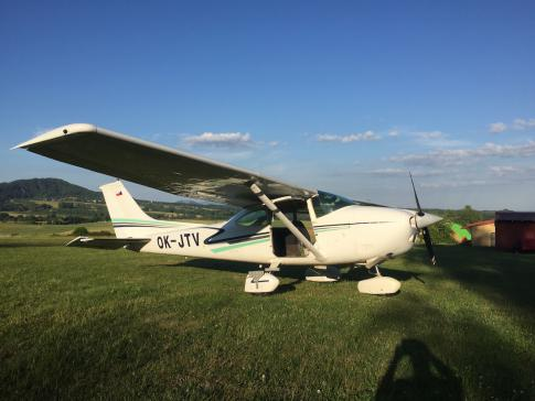 Aircraft for Sale in Czech Republic: 1975 Cessna 182P - 3