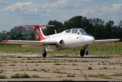 Aircraft for Sale in Moscow: 2010 Aero Vodochody L-29 - 3