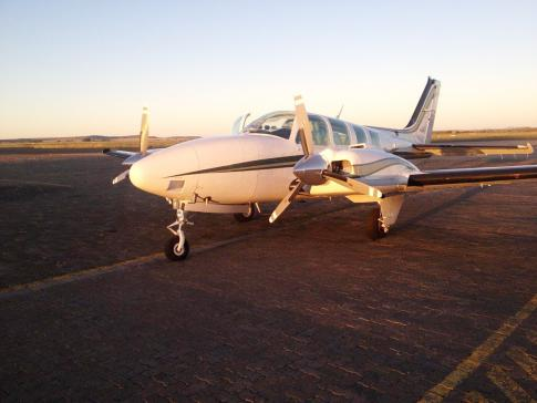 Aircraft for Sale in Port Elizabeth, South Africa: 2000 Beech 58 Baron