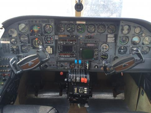 Aircraft for Sale in France: 1971 Cessna 414A - 2