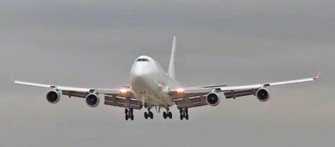 Off Market Aircraft in USA: 1993 Boeing 747-400 - 1