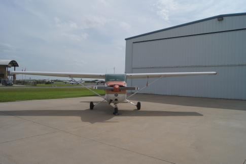 Off Market Aircraft in Texas: 1977 Cessna 172N - 1