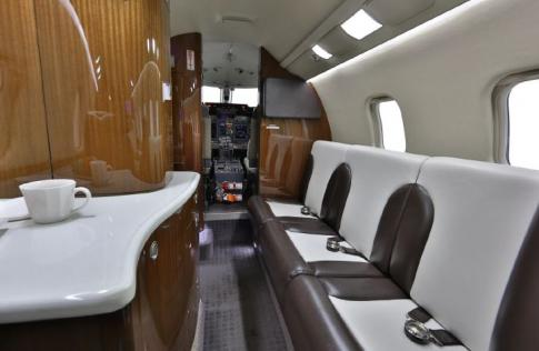 Off Market Aircraft in USA: 2007 Learjet 60-XR - 3