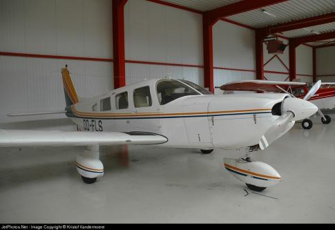 Off Market Aircraft in Belgium: 1979 Piper PA-32-300 - 1