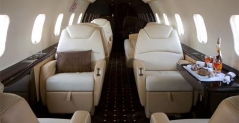 Off Market Aircraft in Canada: 2010 Bombardier Challenger 300 - 3