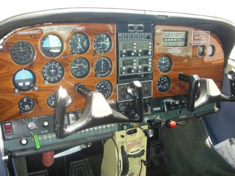Off Market Aircraft in California: 1971 Cessna 182N - 1