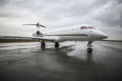 Aircraft for Sale in Canada: 2005 Bombardier Global 5000