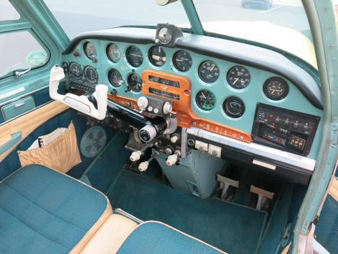 Off Market Aircraft in Oregon: 1961 Beech N35 - 2