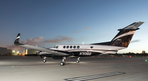 Aircraft for Sale in USA: 2010 Beech B200GT - 2