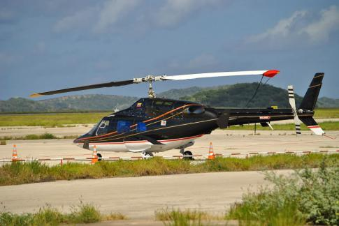 Off Market Aircraft in USA: 1987 Bell 222B - 1