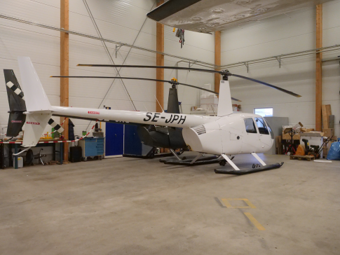 Off Market Aircraft in Sweden: 2000 Robinson R-44 - 1