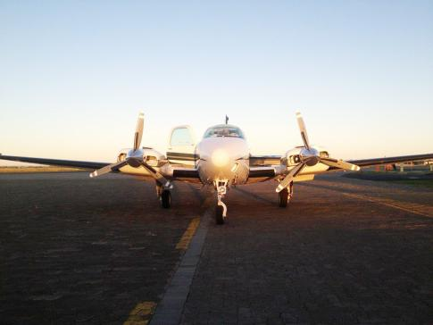 Off Market Aircraft in South Africa: 2000 Beech Baron - 2