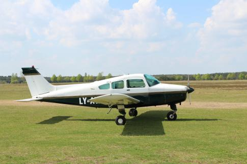 Aircraft for Sale in Molėtai, Vilniaus apsk., Lithuania (LYMO): 1969 Beech B23 Musketeer Custom III