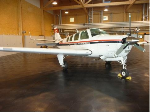 Aircraft for Sale in Bern: 1990 Beech A36 - 2