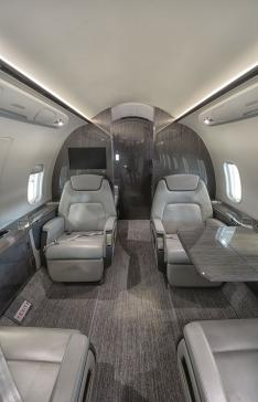 Aircraft for Sale in Quebec: 2015 Bombardier Challenger 350 - 2