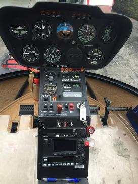 Aircraft for Sale in Quebec: 2005 Robinson Raven II - 2