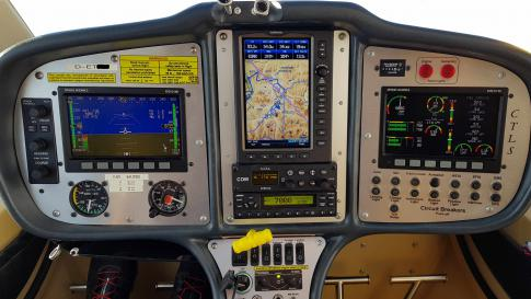 Aircraft for Sale in Bayern: 2010 Flight Design CTLS - 3