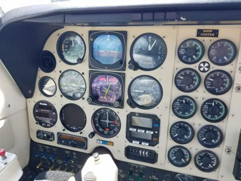 Off Market Aircraft in Florida: 1984 Beech B58 Baron - 2