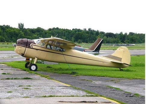 Aircraft for Sale in Gatineau, Quebec, Canada: 1947 Cessna 190