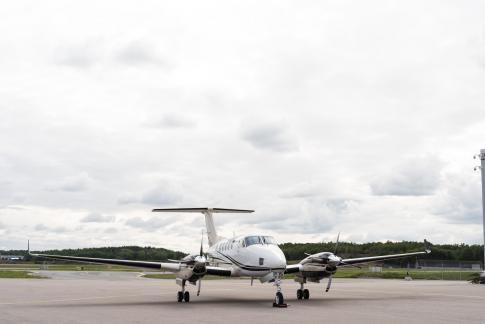 Aircraft for Sale in Sweden: 1994 Beech B200 King Air
