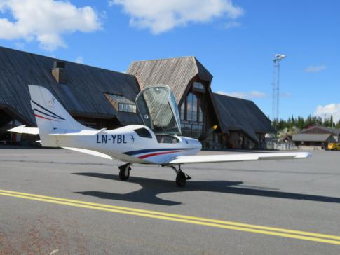 Off Market Aircraft in Norway: 2016 Aveko VL-3 - 2