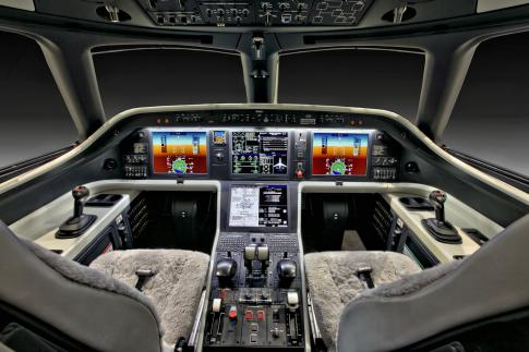 Aircraft for Sale in Wisconsin: 2017 Embraer Legacy 450 - 3