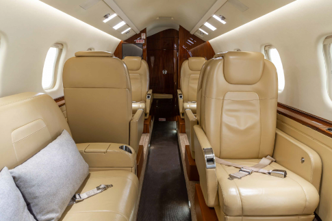 Off Market Aircraft in Canada: 2010 Learjet 60-XR - 2