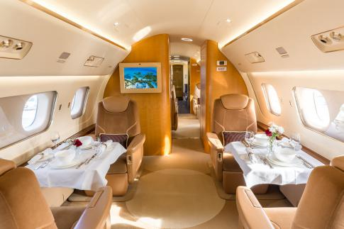 Aircraft for Sale in Germany: 2013 Embraer Lineage 1000 - 3