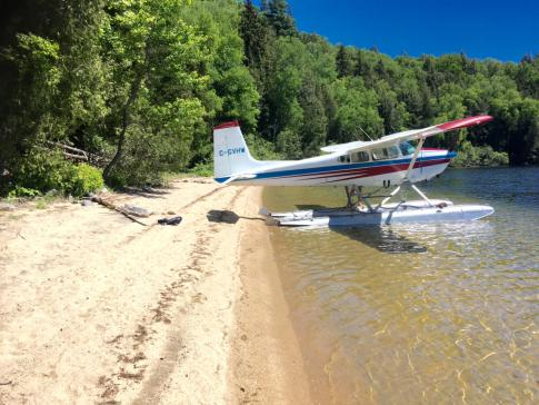 Aircraft for Sale in St-Donat, Quebec, Canada: 1972 Cessna 180H Skywagon