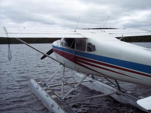 Aircraft for Sale in Quebec: 1972 Cessna 180H - 3