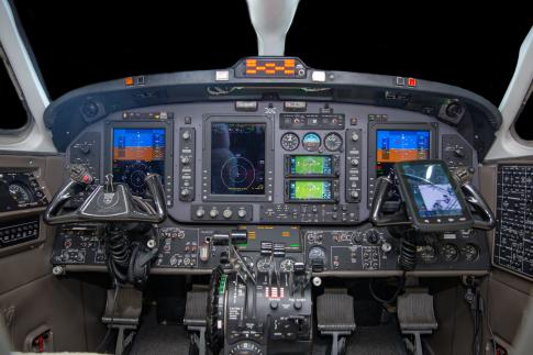 Aircraft for Sale in USA: 1992 Beech 1900D - 2
